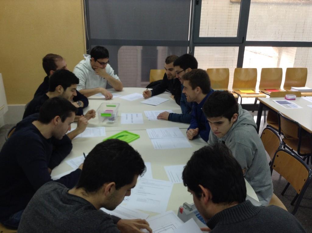Los alumnos del MUIOL aprenden productividad con la actividad Puertas S.A.