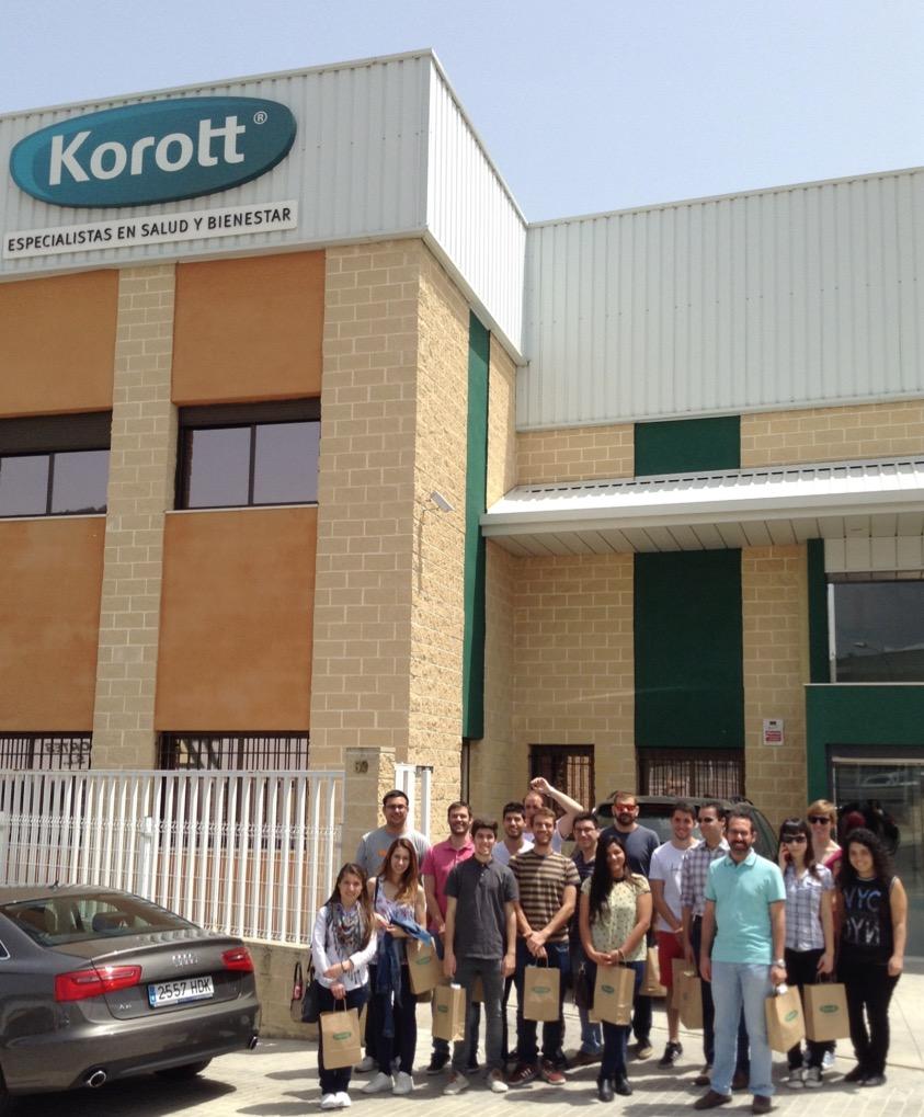 los alumnos del MUIOL visitan Korott