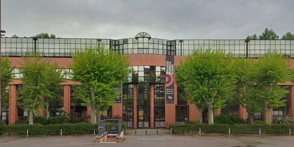 Toulouse Business School utiliza implexa en uno de sus prestigiosos másteres internacionales