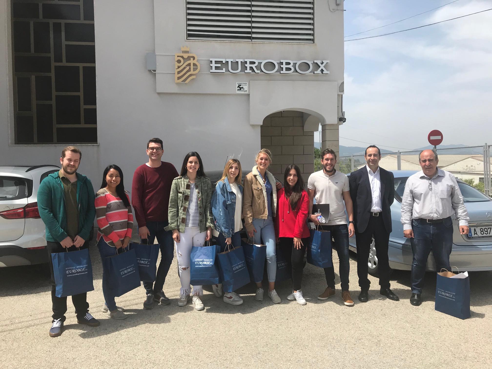 Los alumnos del MUIOL visitan Eurobox Envases Metálicos